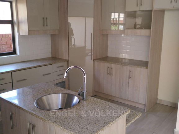 House in Xanadu Eco Park - Spacious kitchen