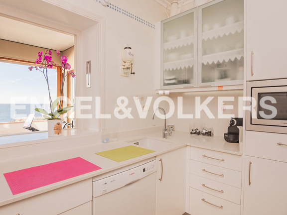 Condominium in Moraira - Spectacular First Line Penthouse at the Moraira Port, Kitchen