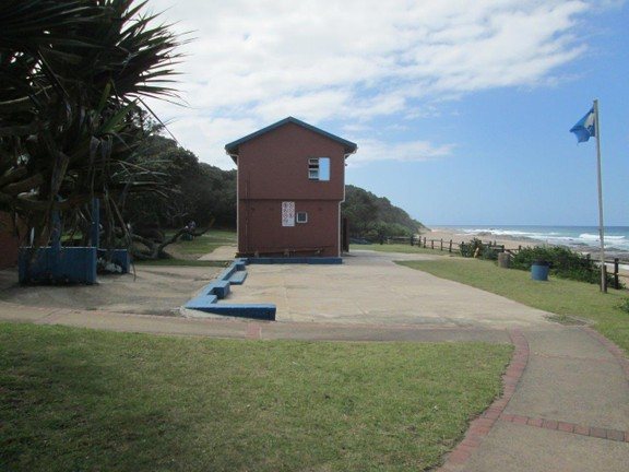 House in Southport - 058_Life_guard_building.JPG