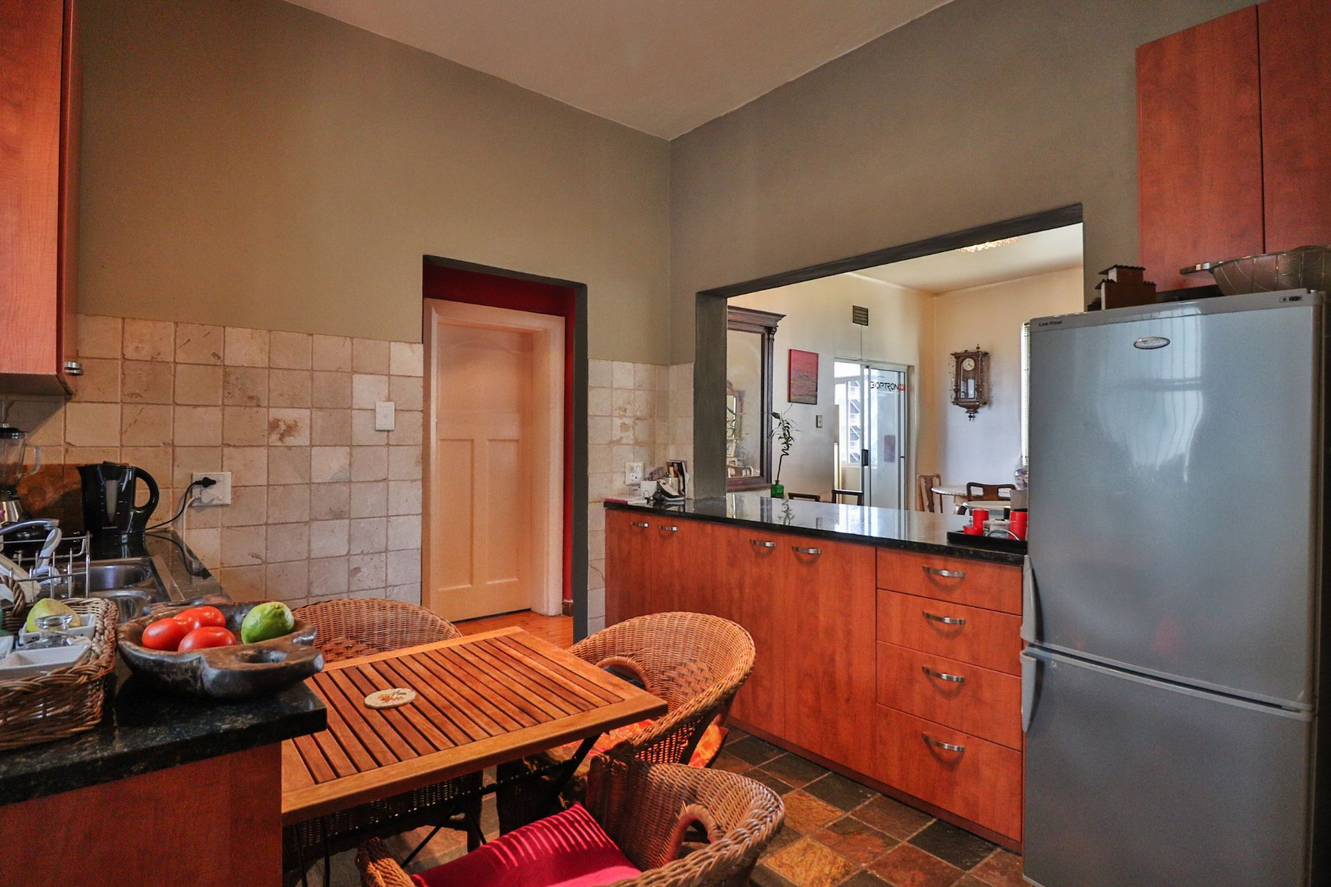 Apartment in Green Point - 9.jpg