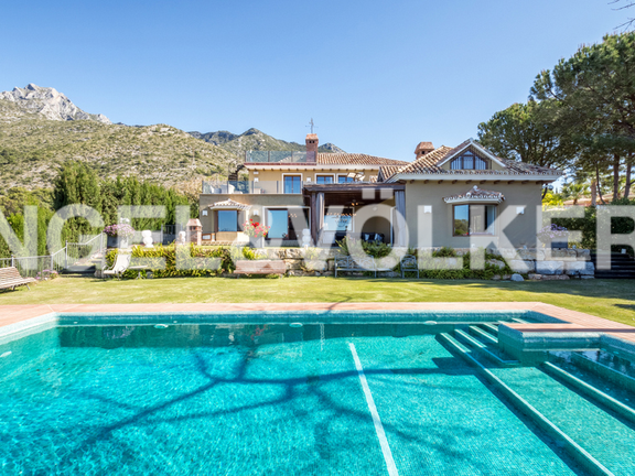 House in Sierra Blanca - Villa for sale in Sierra Blanca Marbella