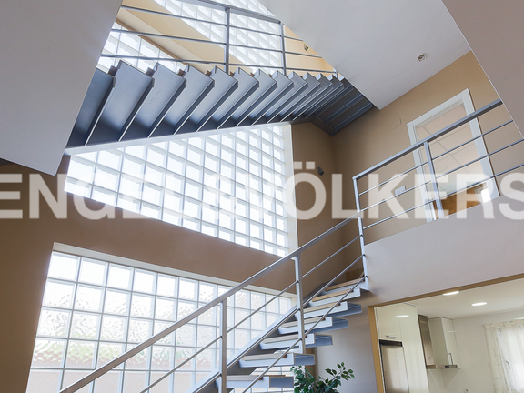 House in Valencia surroundings - Stair views