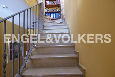 House in Alfafar - stairs