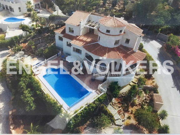 House in La Sella Golf - 4 room house with views near Golf Course.