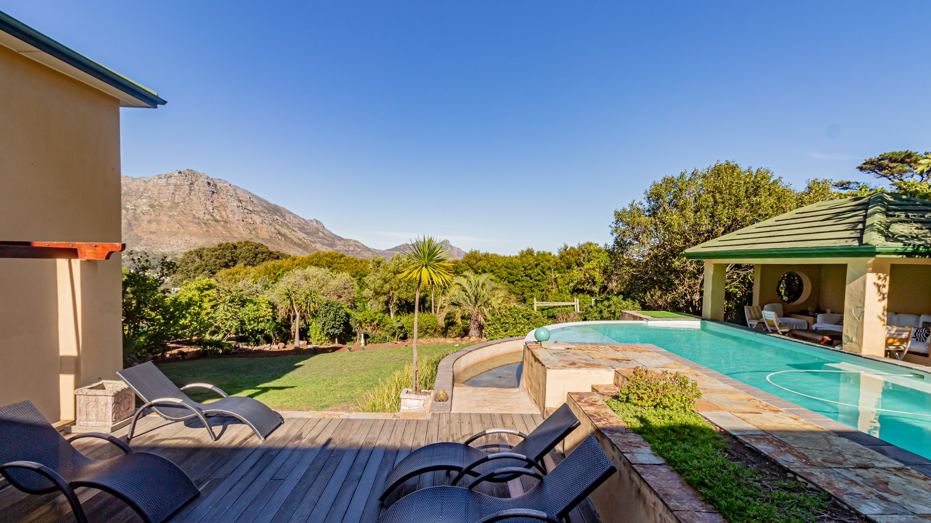 House in Hout Bay - Image-041.jpg