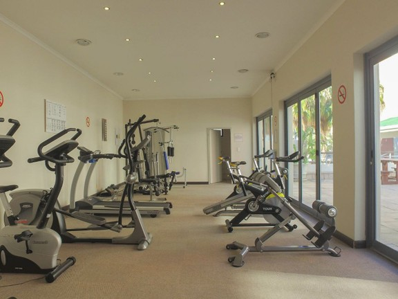 Apartment in City Centre - Building gym