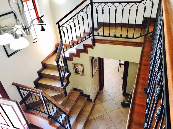 House in Melodie - Staircase.jpg
