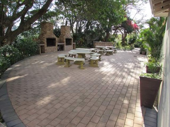 Condominium in Southbroom - 010_Braai_area.JPG