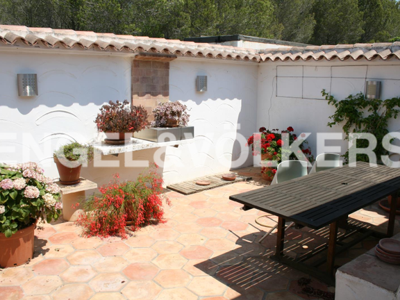House in Jávea Golf - Rustic Property next to the Javea Golf Course. Patio.