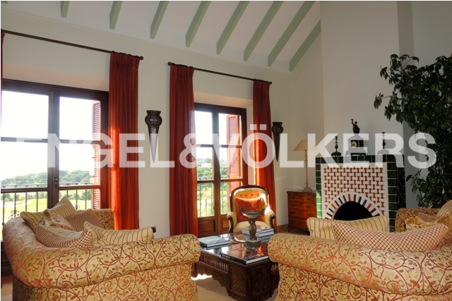 House in Sotogrande Alto - Upstairs Sitting Room