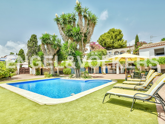 House in Surroundings - Pool and garden area
