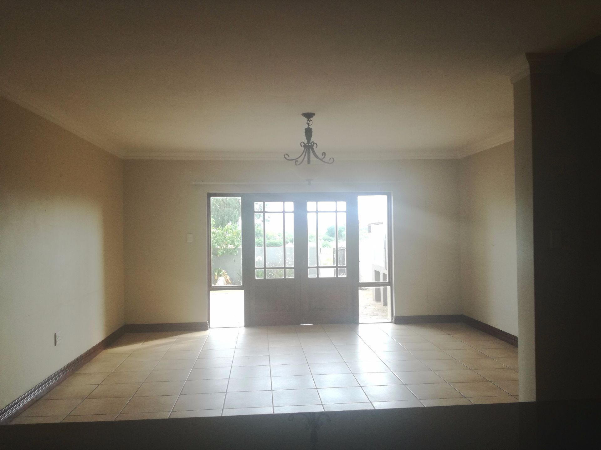 House in Melodie - open plan area.jpg