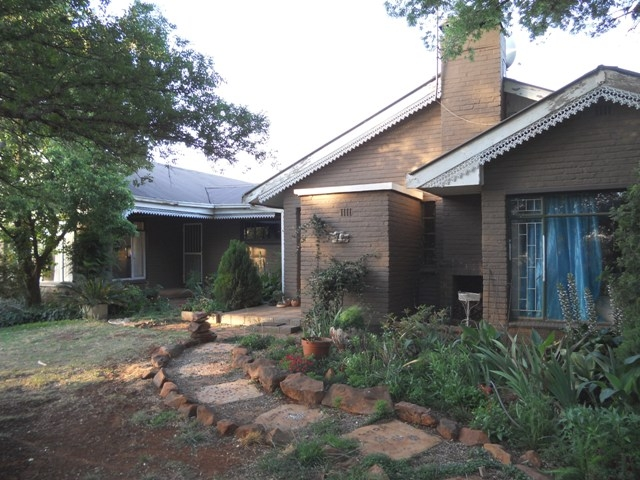 Land in Oudedorp - Front View