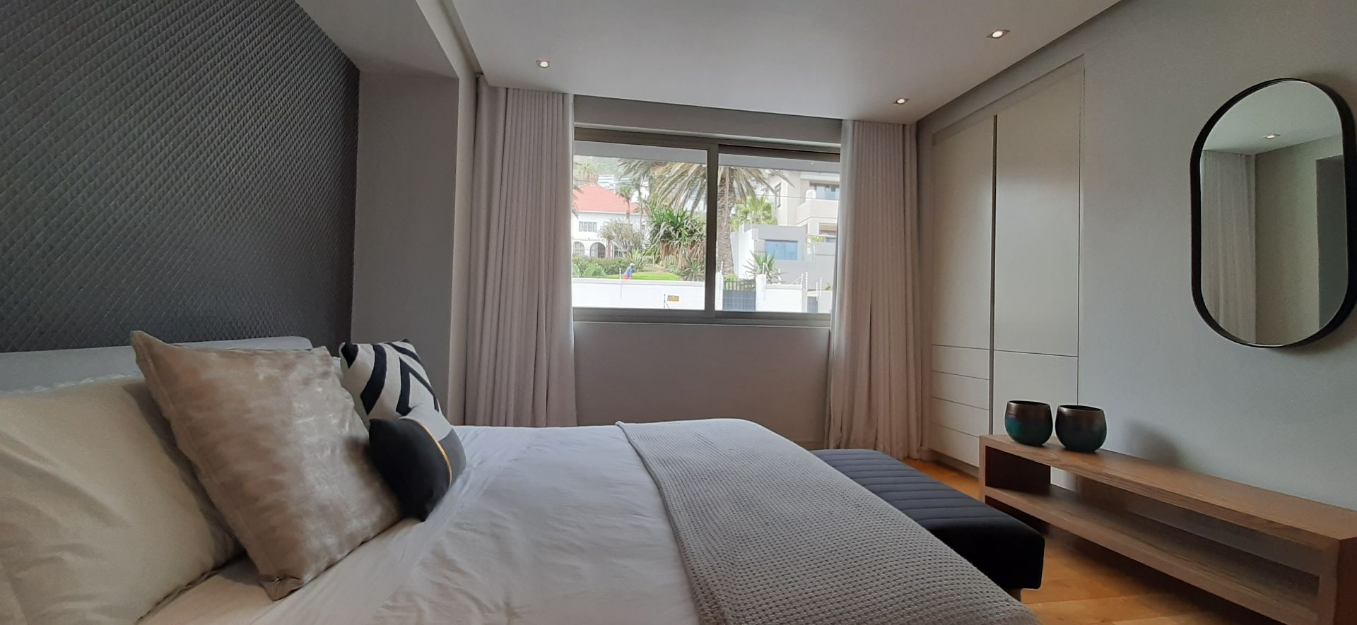 Apartment in Bantry Bay - Bedroom (2).jpg