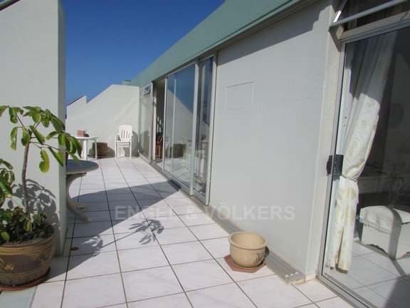 Condominium in Ramsgate - 011 patio.JPG