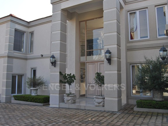 House in Dainfern Valley - Entrance