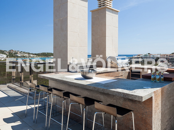 Condominium in Ibiza - Exterior kitchen with BBQ on large terrace with sea views