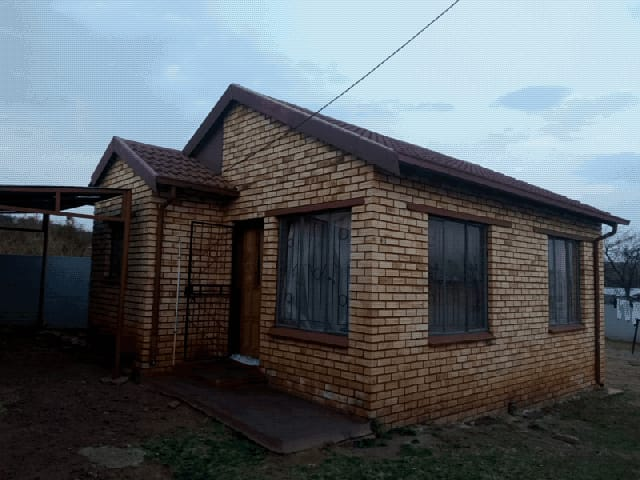 House in Ikageng - 1.jpeg