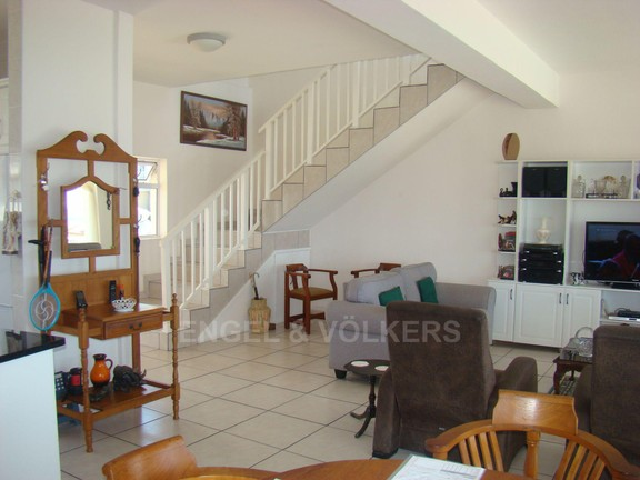 House in Uvongo - 009 View of stairs.JPG
