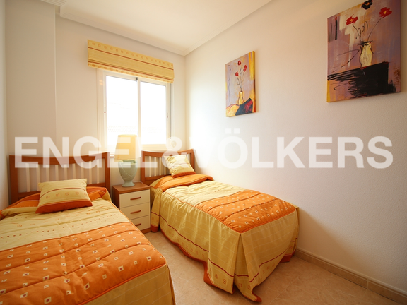 Condominium in Villajoyosa - Penthouse duplex with sea views in front of the beach. Bedroom