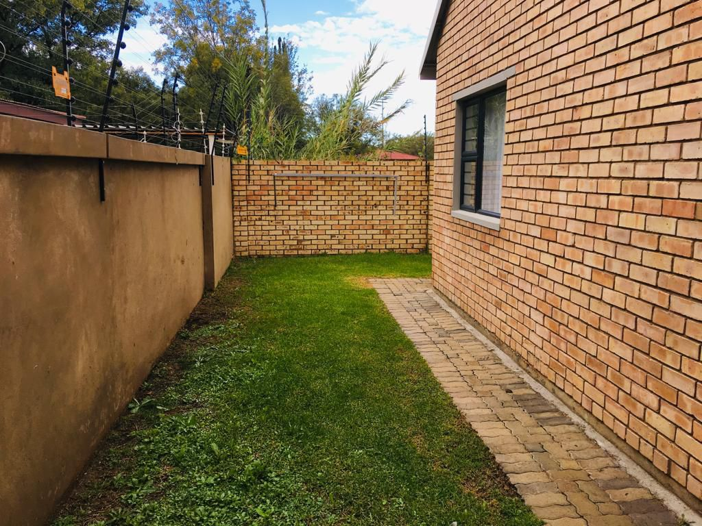 House in Bult - WhatsApp Image 2019-04-25 at 10.18.12 (15).jpeg