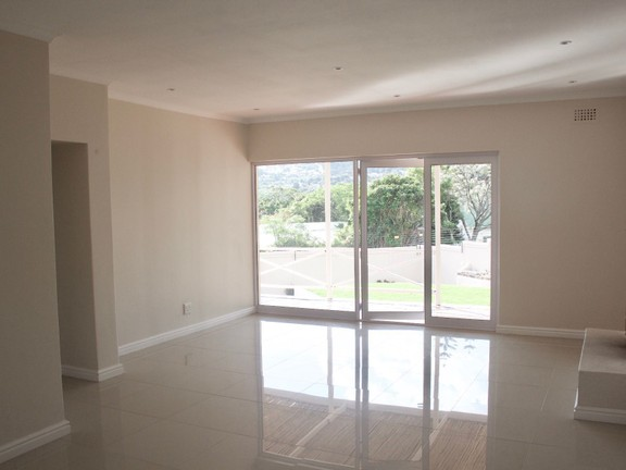 House in Hout Bay - living room