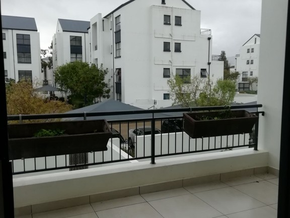 Apartment in Paardevlei - IMG_20180907_142326.jpg