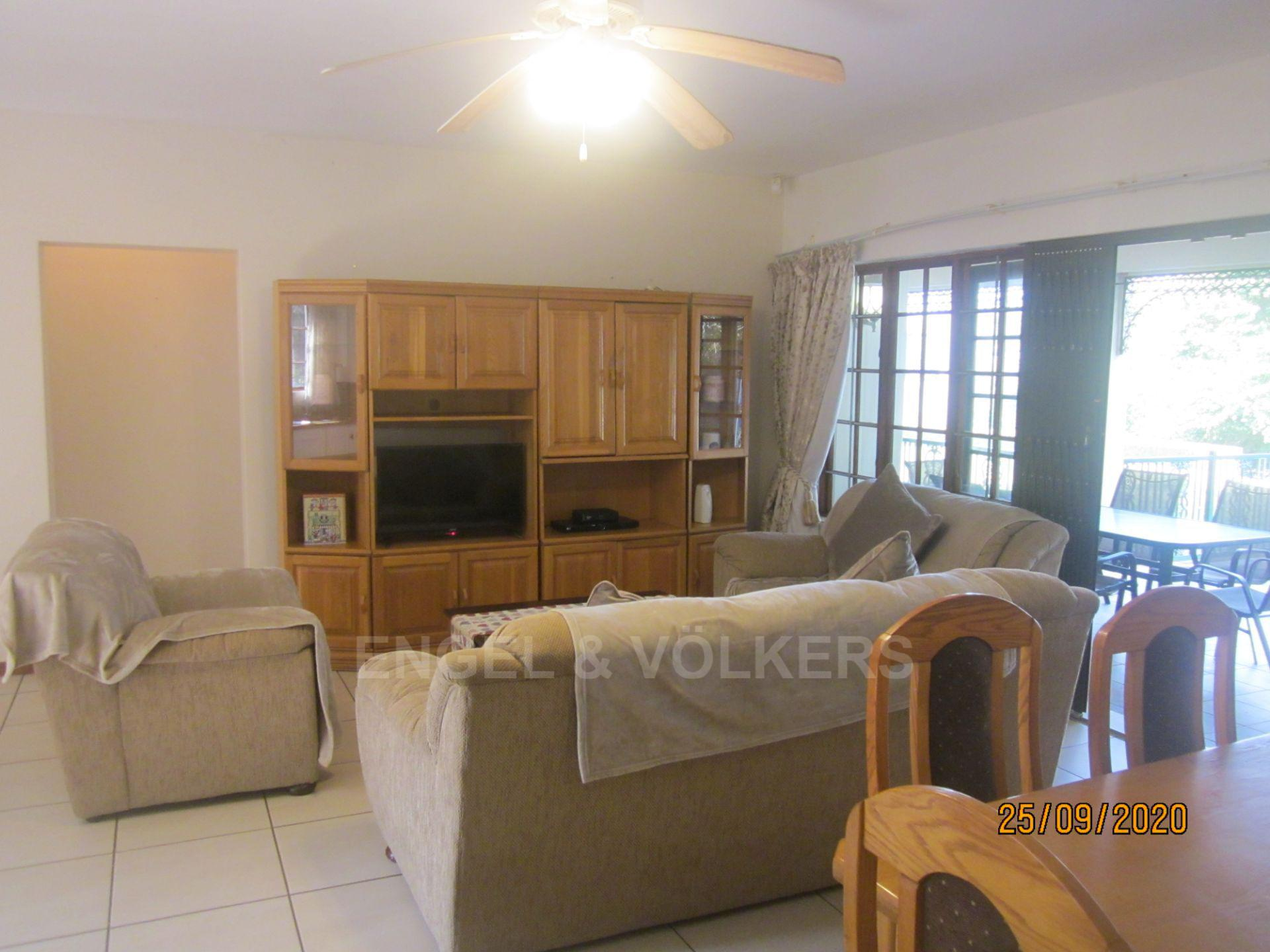 Apartment in Shelly Beach - Lounge