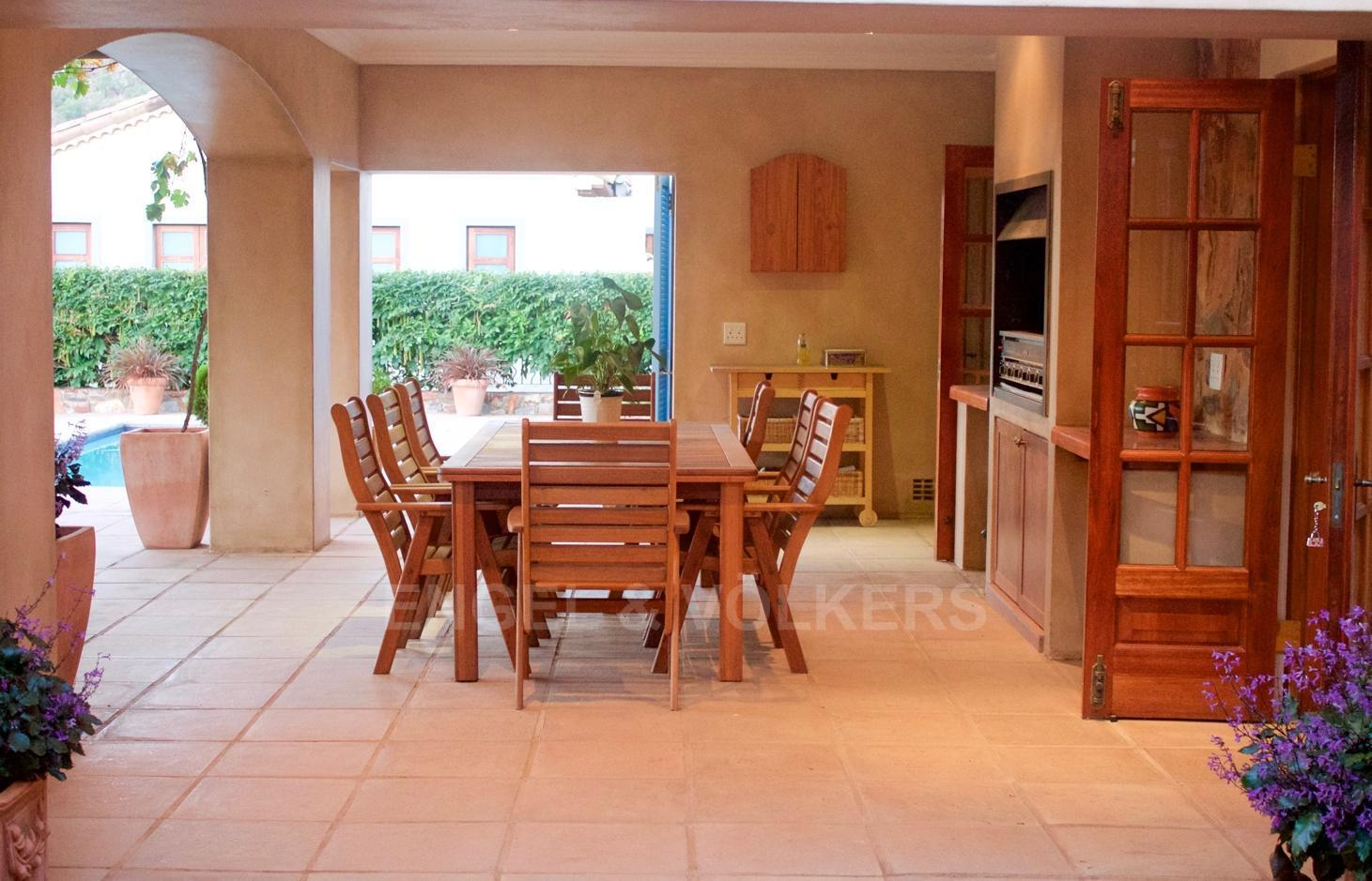 House in Ville D' Afrique - Covered_Patio