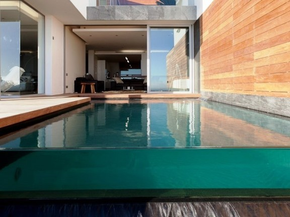 Apartment in Camps Bay - Swimming Pool