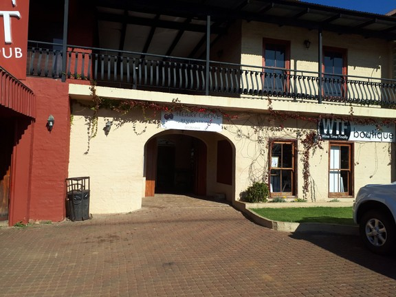 Apartment in Dullstroom Village - 20180620_142720.jpg