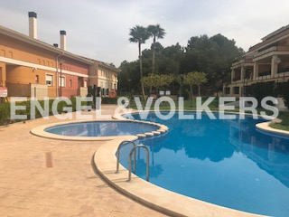 House in Chiva - SWIMMING POOL