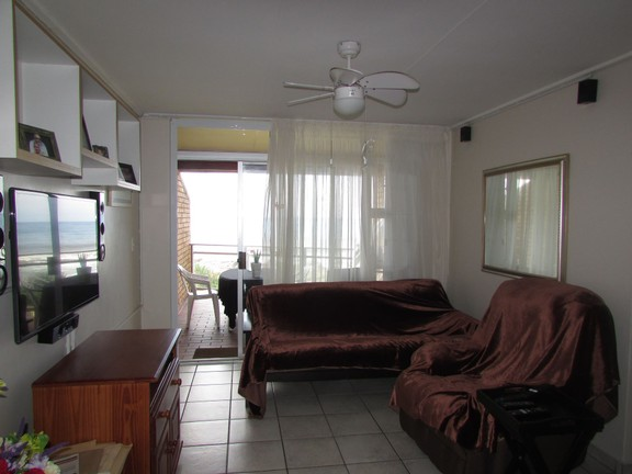 Condominium in Uvongo - 004_Lounge.JPG