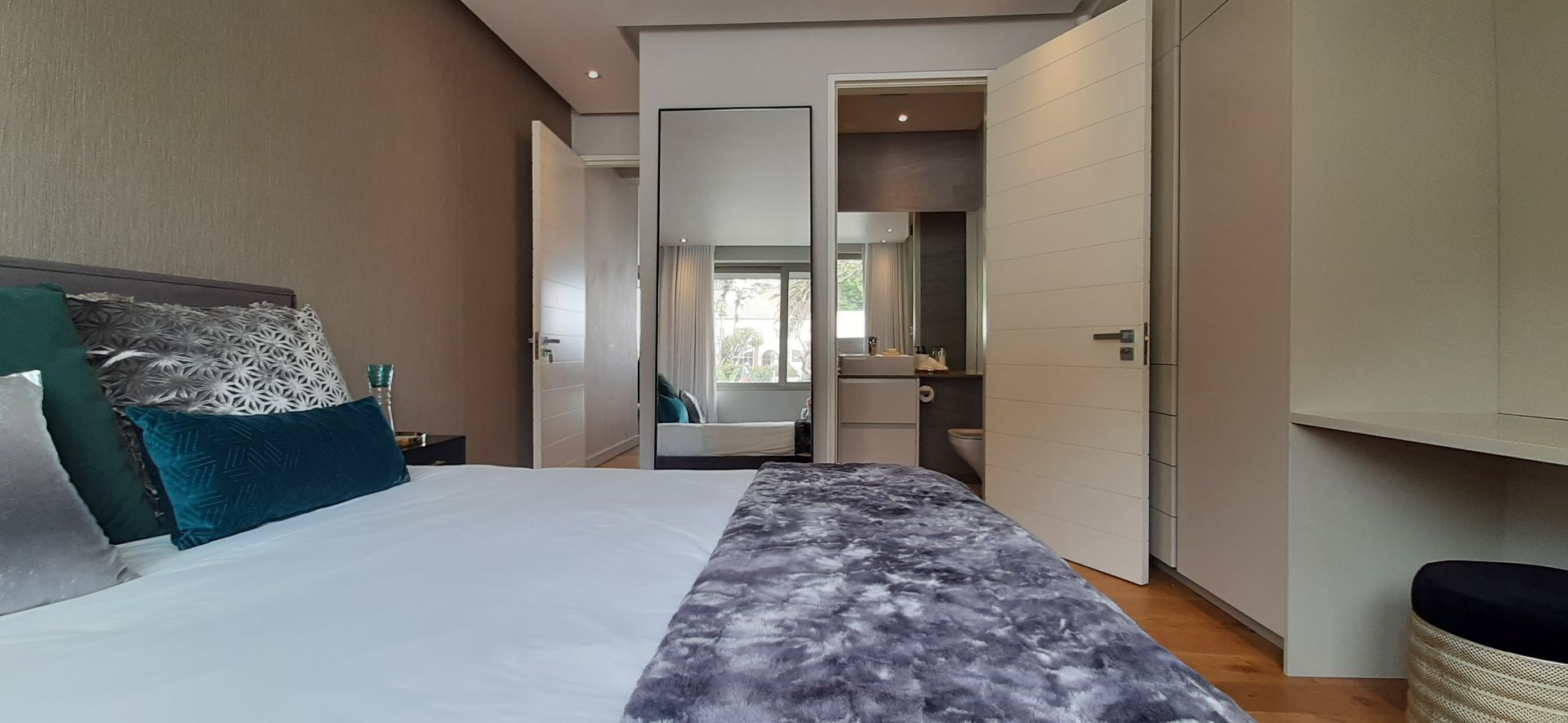 Apartment in Bantry Bay - Bedroom (4).jpg