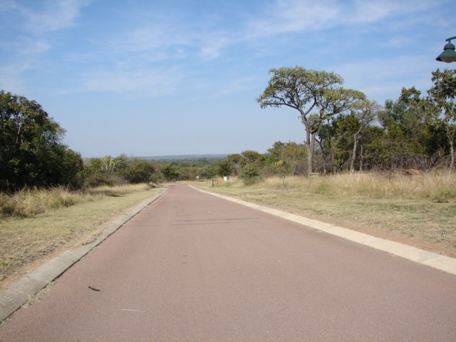 Land in Euphoria Golf & Hydro Estate - Mountain Road servicing the stand