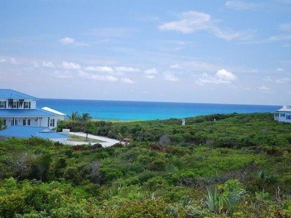 Land in Abaco
