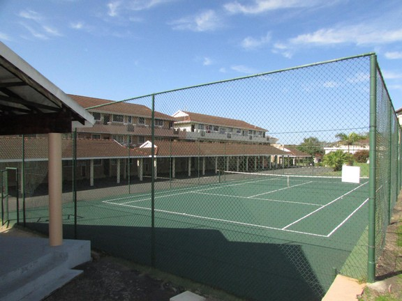 Condominium in Shelly Beach - 015_Tennis_court.JPG