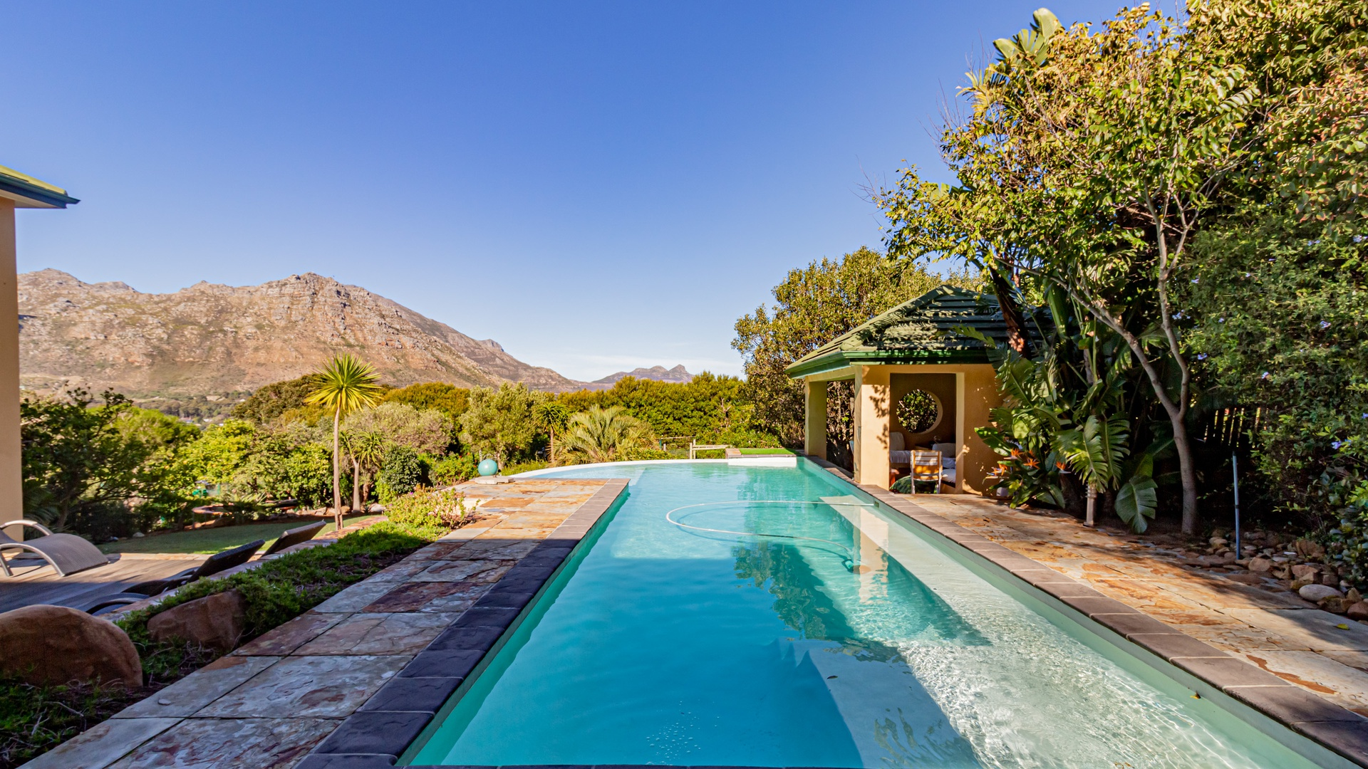 House in Hout Bay - Image-043.jpg