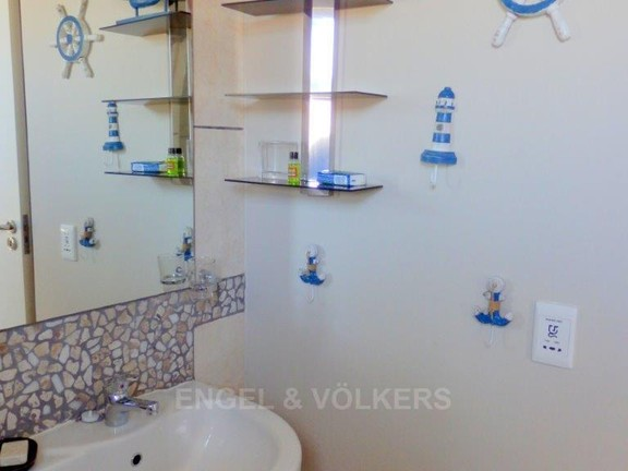 Condominium in Uvongo - 012_Bathroom_3_4.JPG