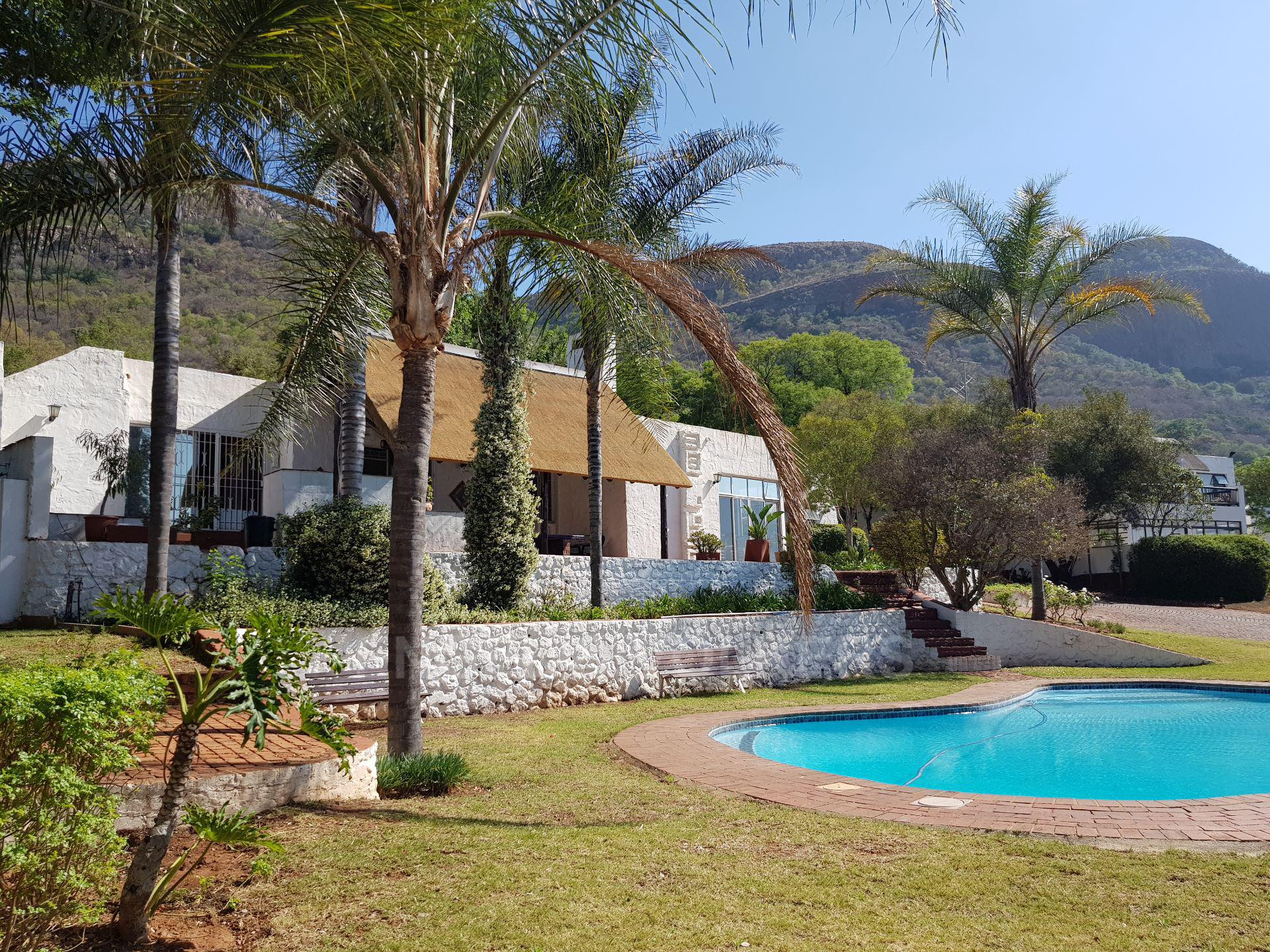 House in Mount Kos - View of communal pool and clubhouse
