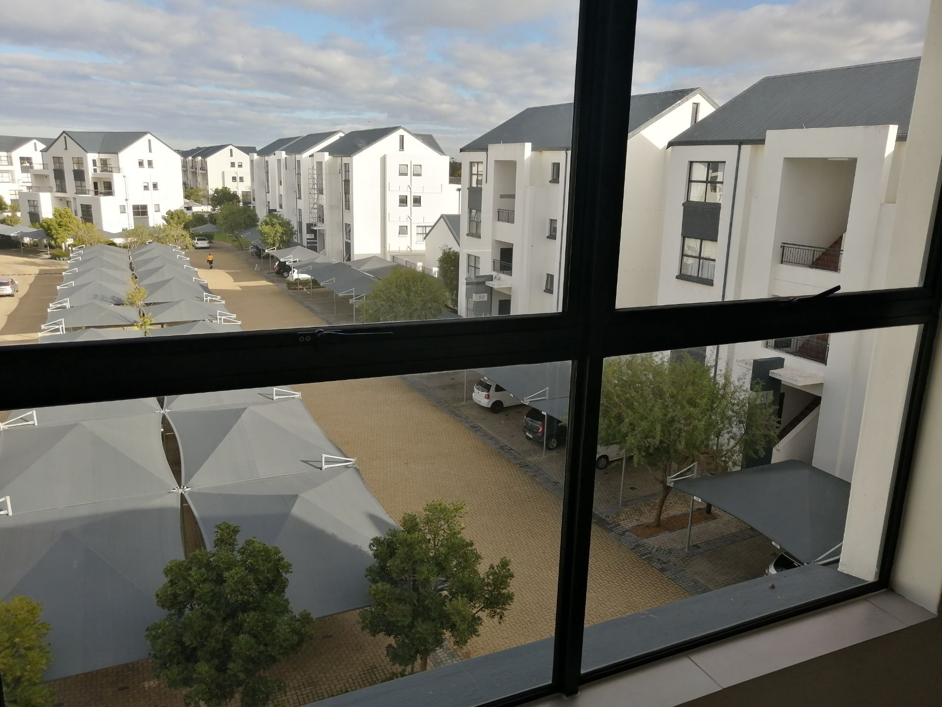 Apartment in Somerset West - IMG_20190704_102412.jpg