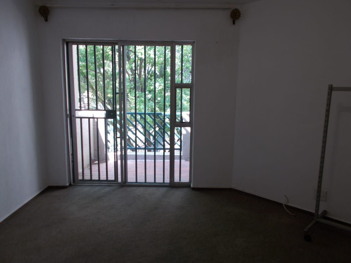 Apartment in Bryanston East Ext 3 - WhatsApp Image 2020-10-19 at 12.17.07 PM (1).jpeg