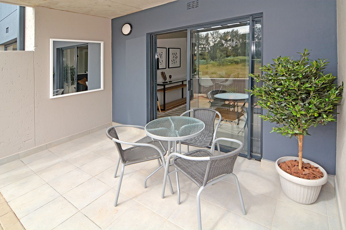 Apartment in Clubview - oaktree village esate-20.jpg