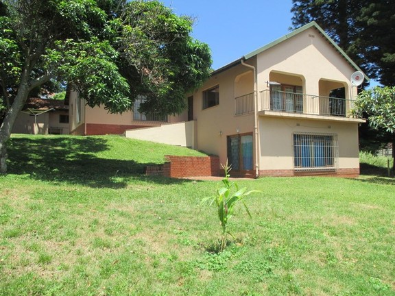 House in Uvongo - 001_Front_view_2.JPG