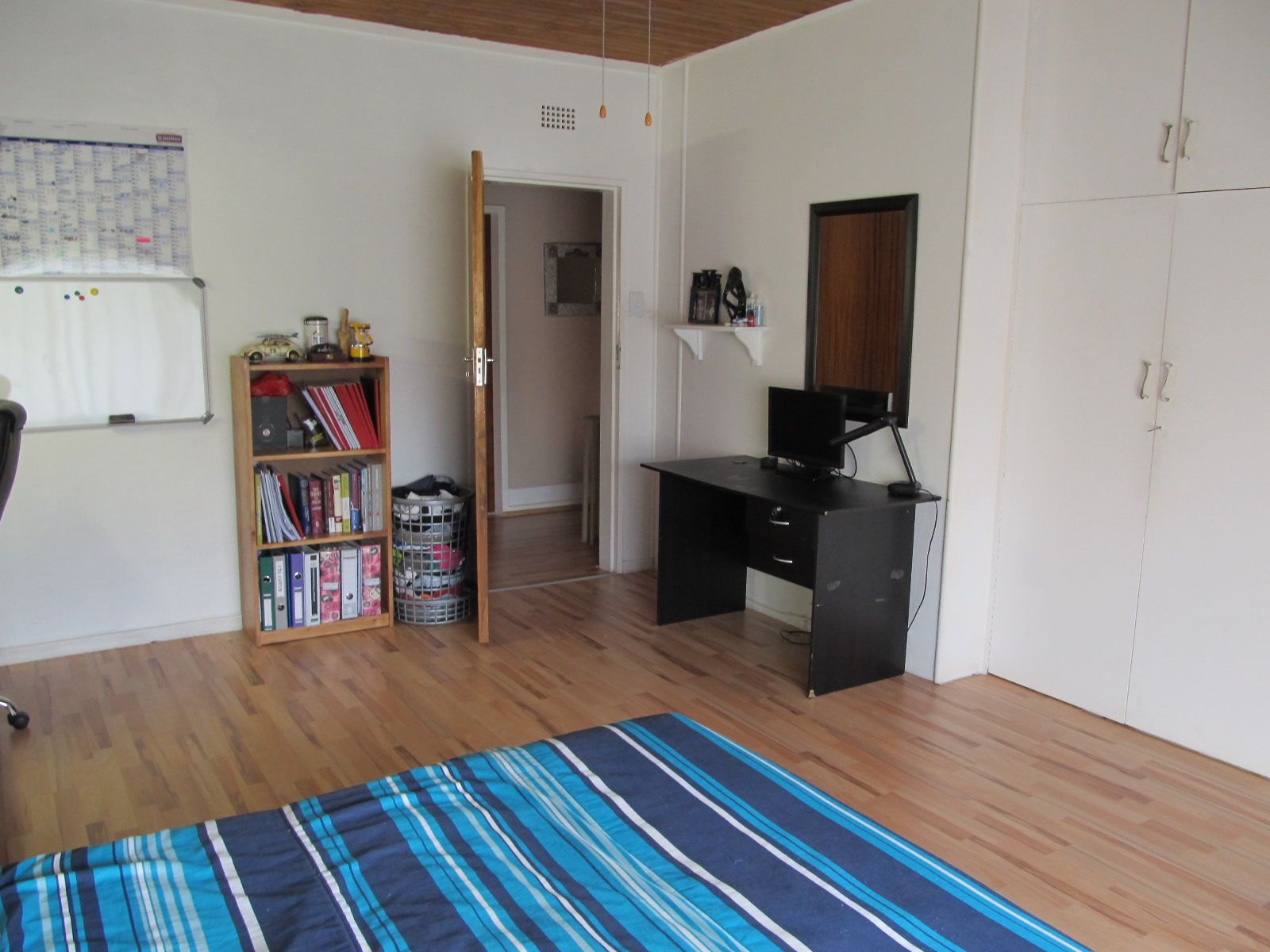 House in Central - Bedroom