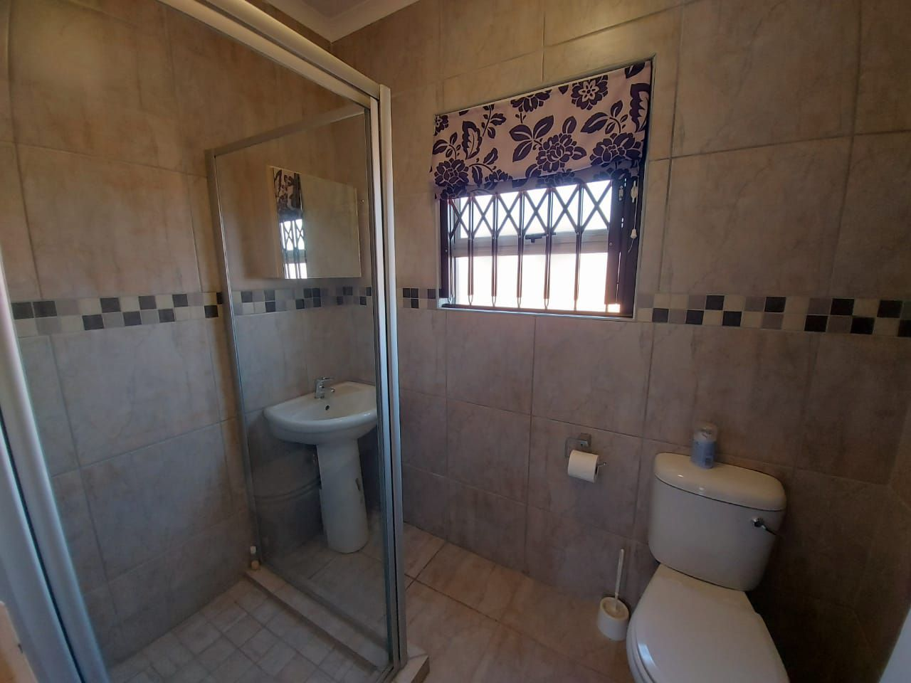 House in Bailliepark - WhatsApp Image 2020-09-04 at 14.17.50 (6).jpeg