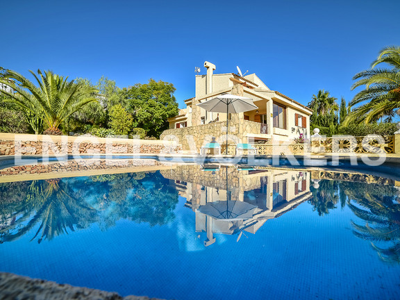 House in Calpe - View from pool to house