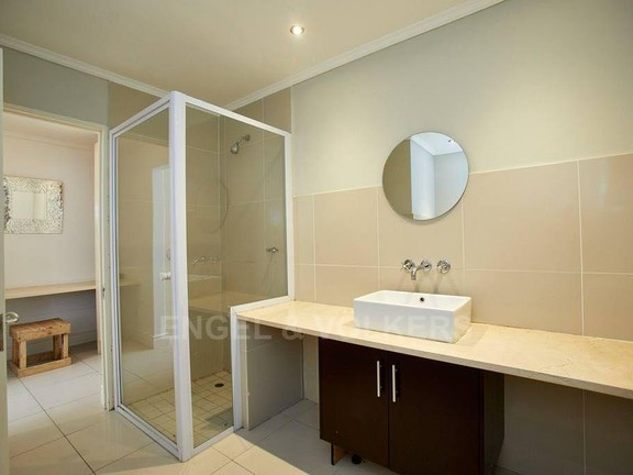 House in Hout Bay - Master en-suite
