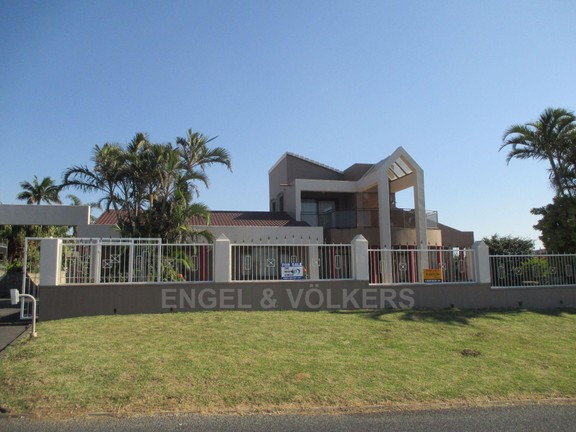 House in Oslo Beach - Front of house.JPG