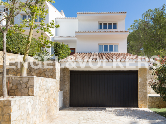 House in Cullera - Garage entrance